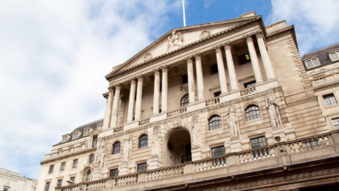 QE boosted while base rate held