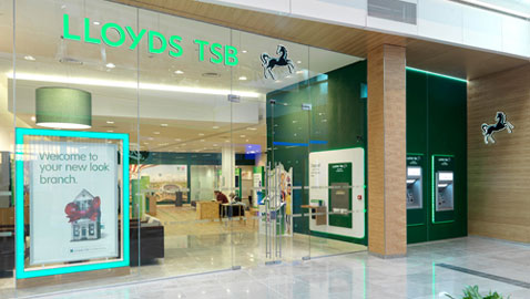 Co-op to take over 632 Lloyds branches