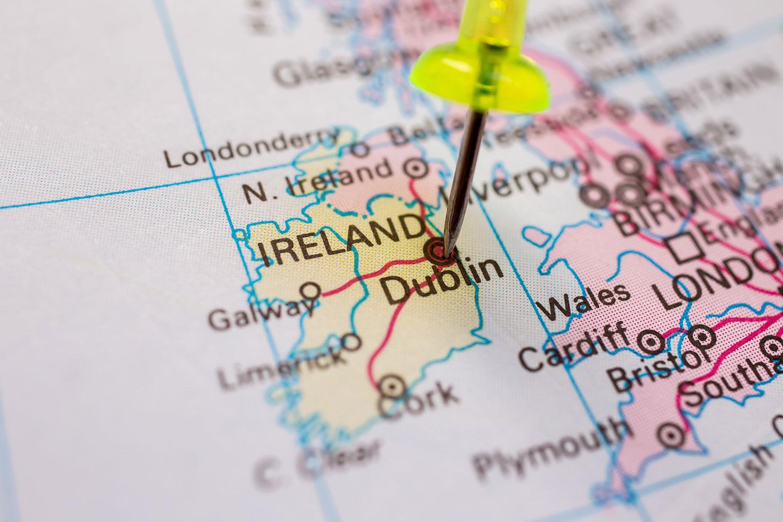 Builders slam idea of Irish 'hard border'