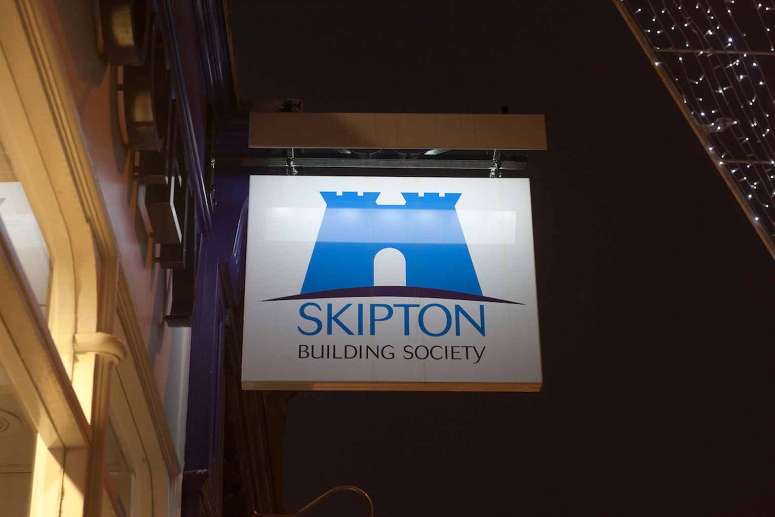 Skipton to pay a proc fee on retained business